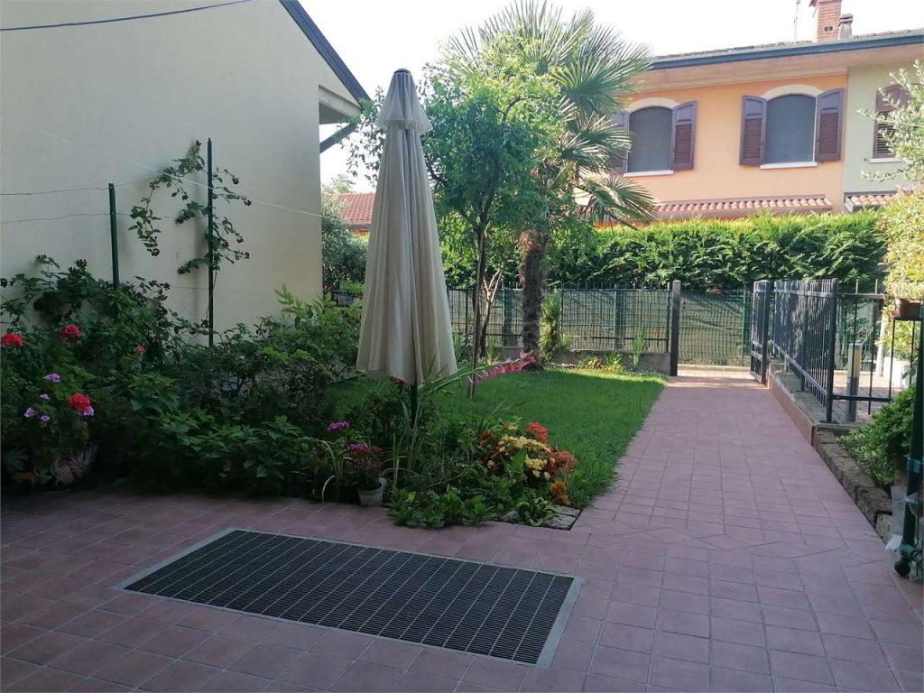 grande appartamento indipendente 6 locali in vendita a Vigasio